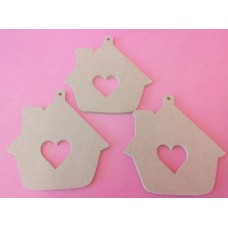 4mm Thick MDF Gingerbread house with large cut out heart pack of 3